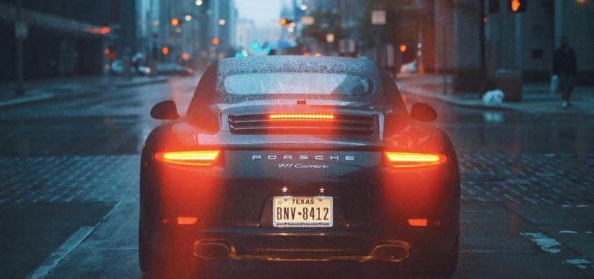 Folie na okna – jak szybko odświeżyć swój samochód?